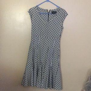 Just...Taylor gray patterned ruffled Dress